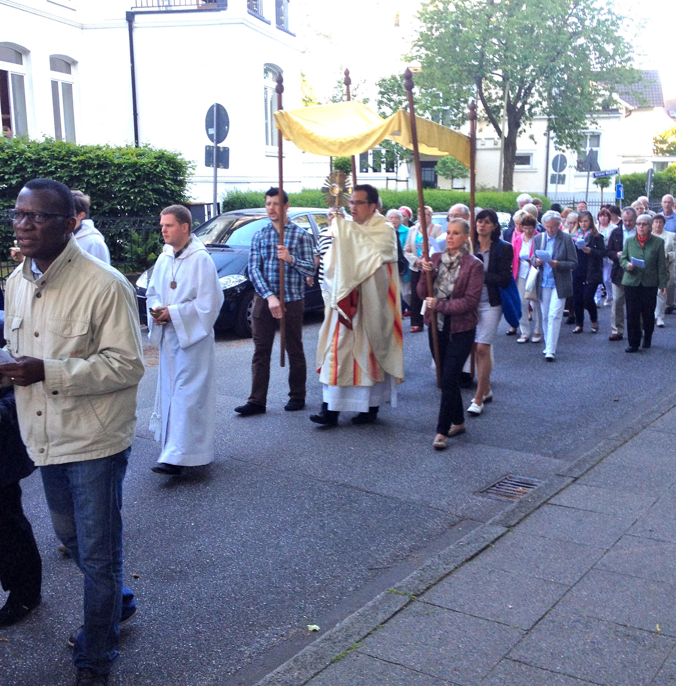 St. Marien Bergedorf, Fronleichnams-Prozession