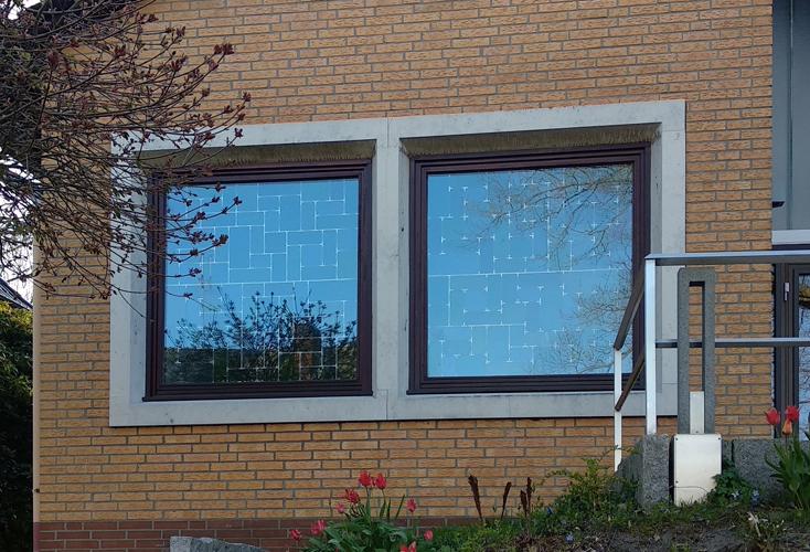 Fenster an der Neuapostolischen Kirche